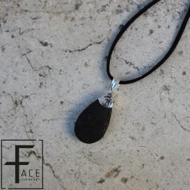 Pndente a goccia in pietra lavica con applicazione e gancio in argento