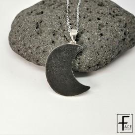LCN16: Pendente mezza luna in pietra lavica e a argento 925